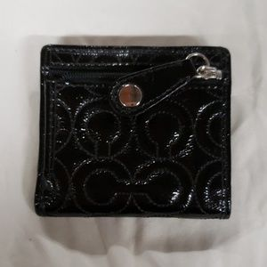 BLACK PATENT COACH SIGNATURE WALLET